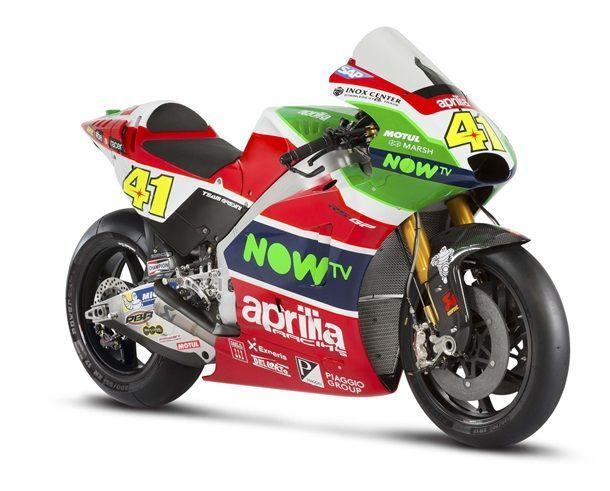 2017-Aprilia-RS-GP-MotoGP-12