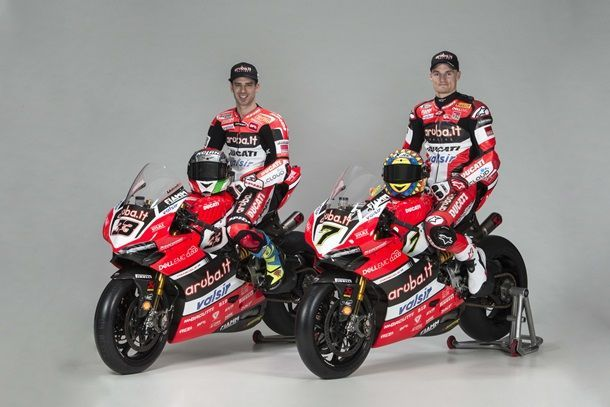 2017-Aruba-WorldSBK-Ducati-Corse-Panigale-R-Marco-Melandri-Chaz-Davies-29