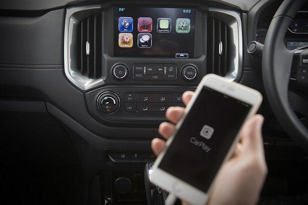 2017 Chevrolet Colorado_MyLink Apple CarPlay