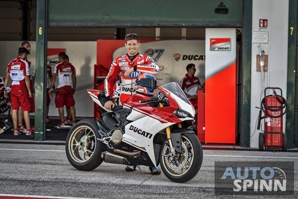 2017-Ducati-1299-Panigale-S-Anniversario-08
