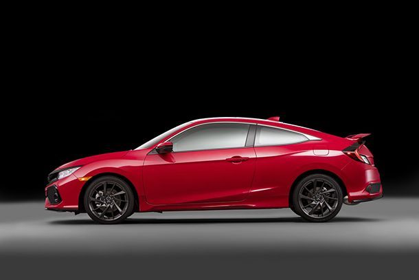 https://img.icarcdn.com/autospinn/body/2017-Honda-Civic-Si-9.jpg