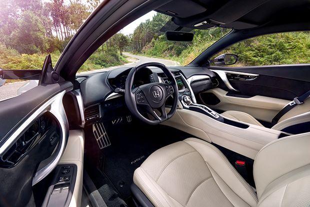 https://img.icarcdn.com/autospinn/body/2017-HondaNSX-12.jpg