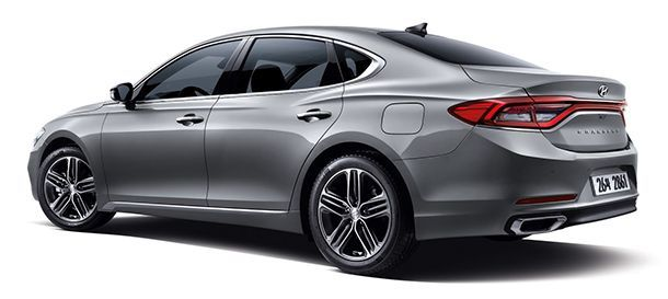 https://img.icarcdn.com/autospinn/body/2017-Hyundai-Grandeur-Azera-CSP1.jpg