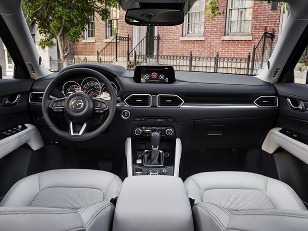 https://img.icarcdn.com/autospinn/body/2017-Mazda-CX-5-38.jpg