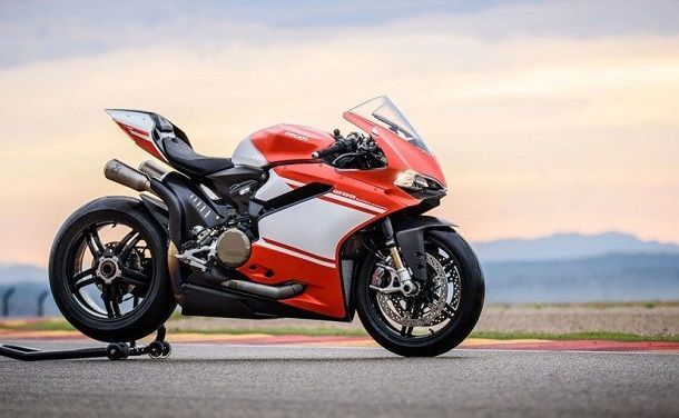 2017-ducati-1299-superleggera_827x510_51478617772