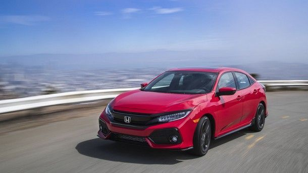 2017-honda-civic-hatchback (4)