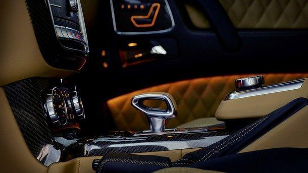 Mercedes-Maybach G 650 Landaulet ;*Kraftstoffverbrauch kombiniert: 17,0 l/100 km, CO2-Emissionen kombiniert: 397 g/km Mercedes-Maybach G 650 Landaulet; *Fuel consumption combined: 17.0 l/100 km, CO2 emissions combined: 397 g/km