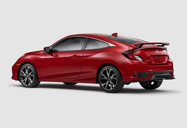 https://img.icarcdn.com/autospinn/body/2017_honda_civic_si_3.jpg