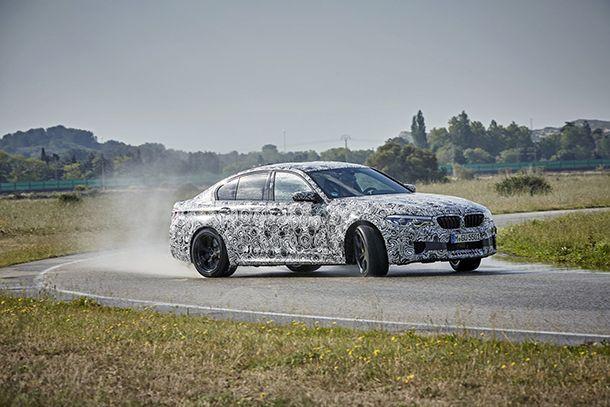 https://img.icarcdn.com/autospinn/body/2018-BMW-M5-37.jpg