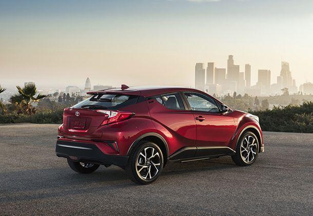 https://img.icarcdn.com/autospinn/body/2018-Toyota-C-HR-5.jpg