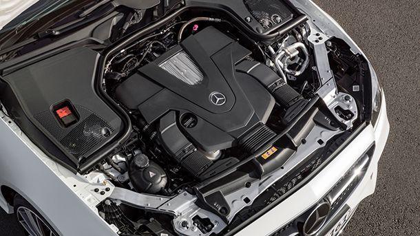 https://img.icarcdn.com/autospinn/body/2018-mercedes-benz-e-class-coupe-5.jpg