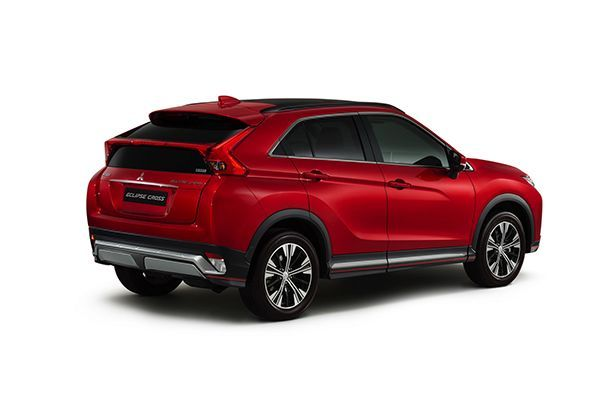 https://img.icarcdn.com/autospinn/body/2018-mitsubishi-eclipse-cross-2.jpg