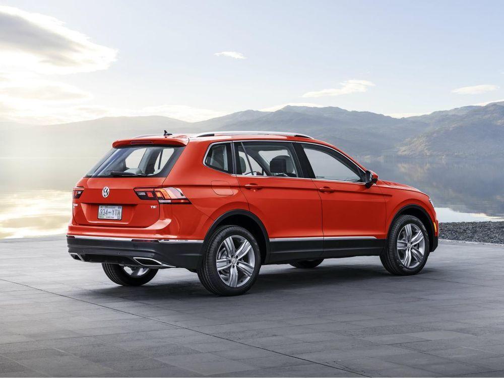 https://img.icarcdn.com/autospinn/body/2018-volkswagen-tiguan-rear-quarter.jpg