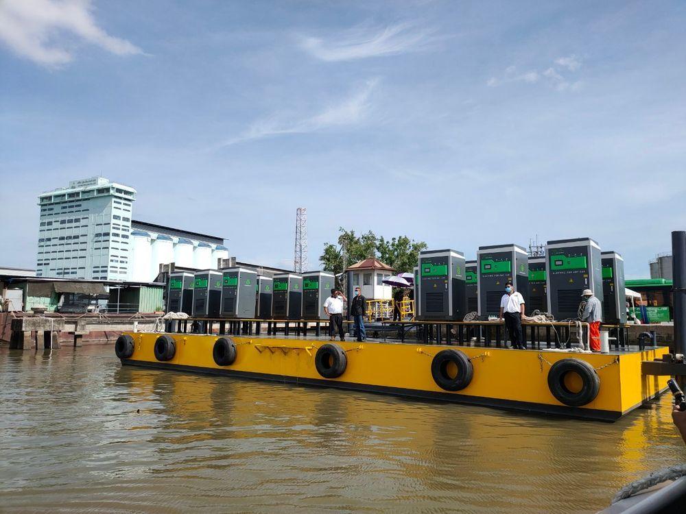 ev Ferry