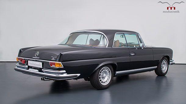 https://img.icarcdn.com/autospinn/body/2e401aad-1970-mercedes-w111-4.jpg