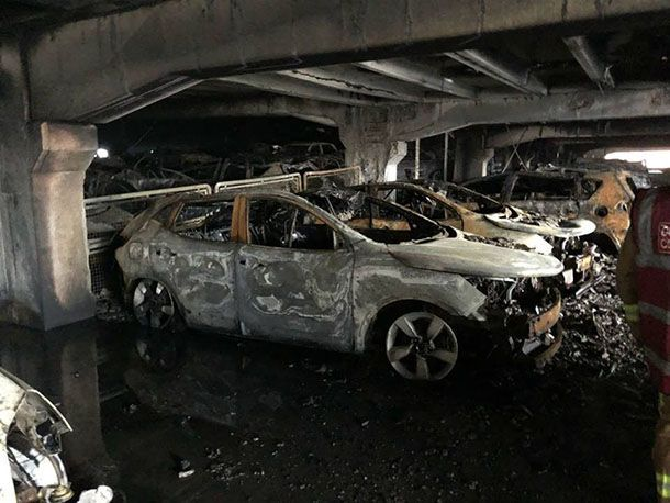 https://img.icarcdn.com/autospinn/body/34a59596-car-park-fire-3.jpg