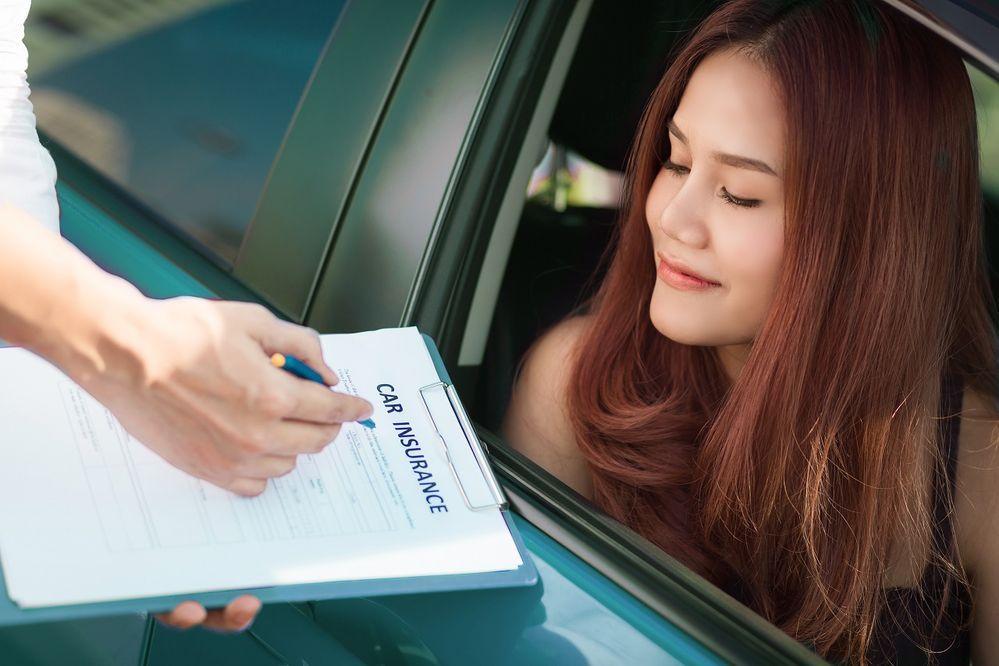 ซื้อประกันรถยนต์ที่ไหนดี มีแผนแบบไหนให้เลือกบ้าง?
