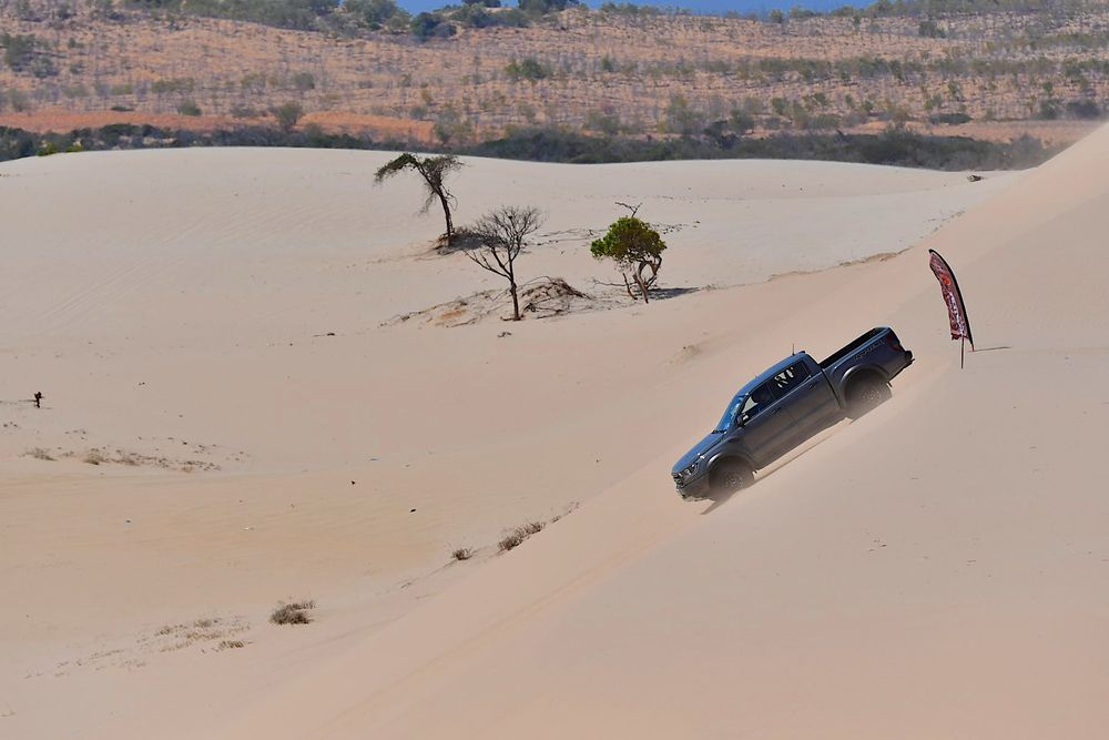 Ford Ranger Raptor เวียดนาม