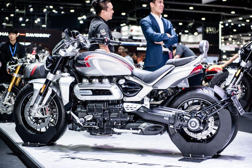 triumph 2500 cc ราคา