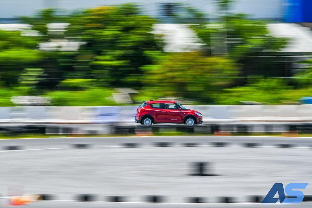 ทดลองขับ Suzuki Swift GL Max Edition