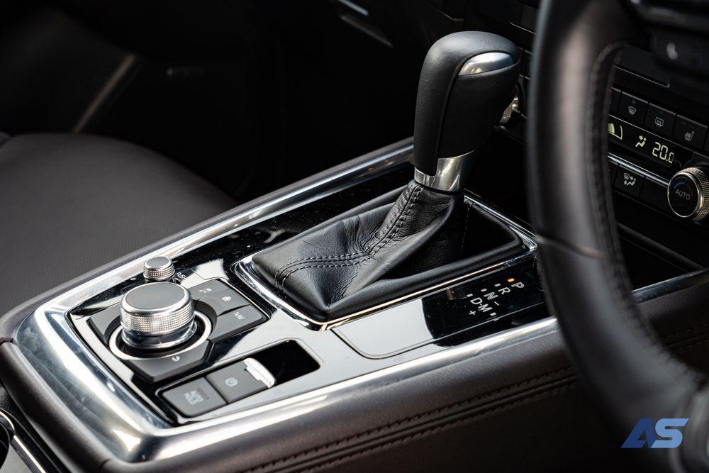 แผงควบคุม Mazda CX8