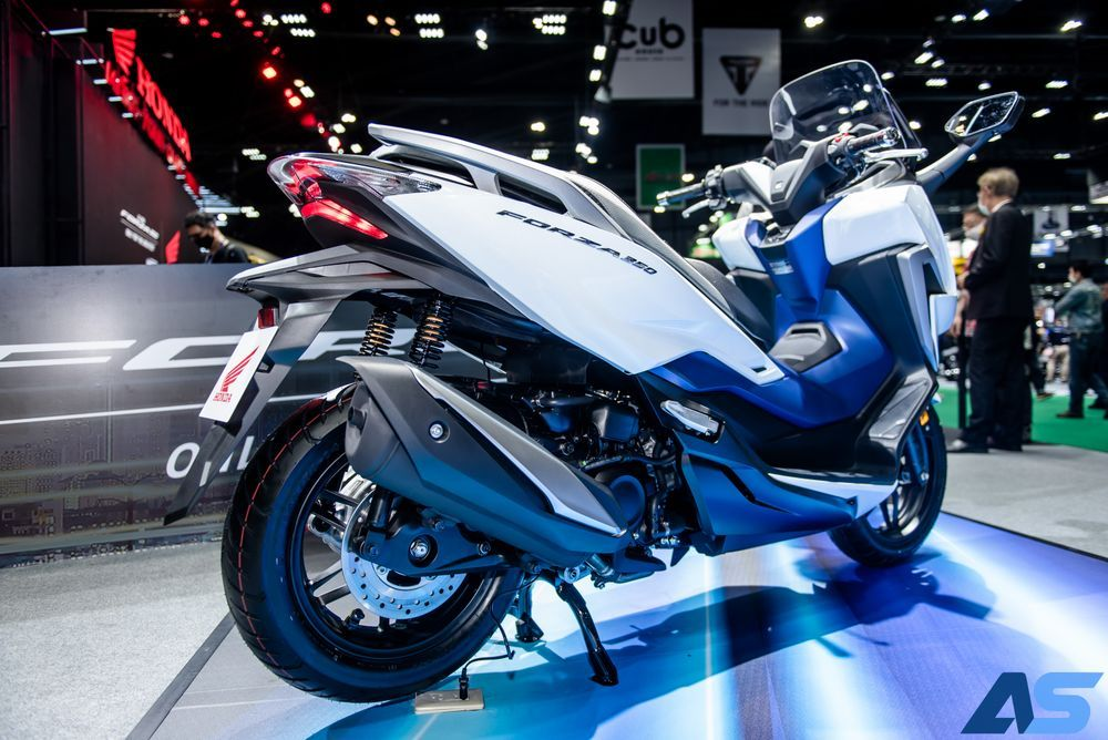 ท่อไอเสียใหม่ Forza 350