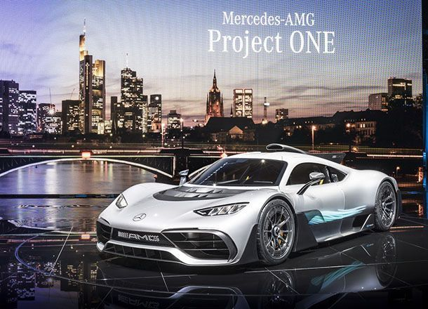 https://img.icarcdn.com/autospinn/body/5b4c821a-mercedes-amg-project-one-28.jpg