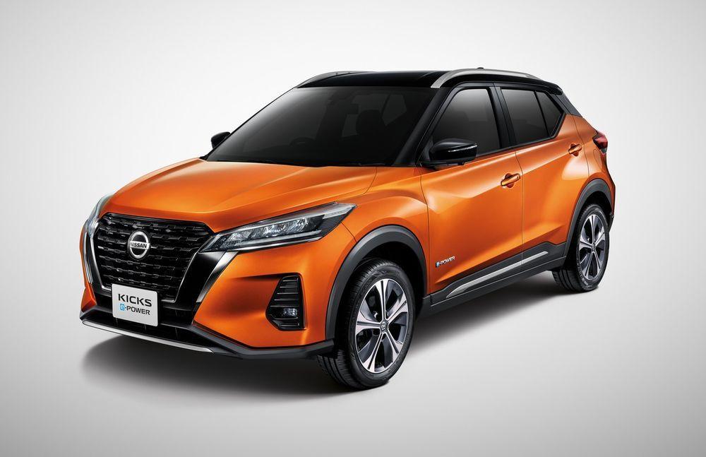 Nissan Kicks สีส้ม โมนาร์ช