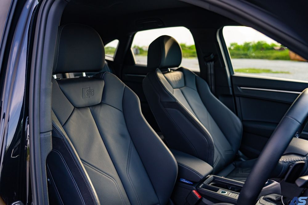 ดีไซน์ภายใน Audi Q3 Sportback 35 TFSi S line