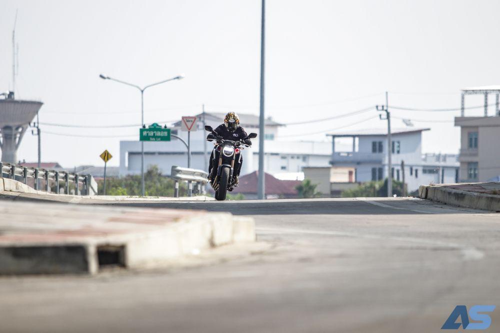 รีวิว Honda CB650R