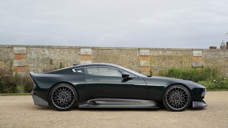 เปิดตัว Aston Martin Victor