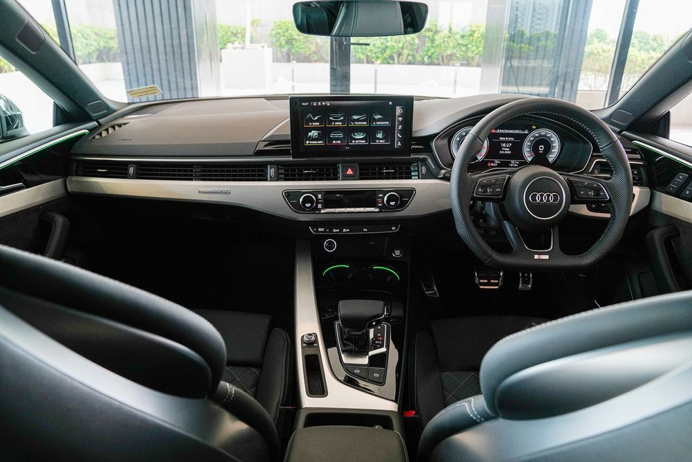 ห้องโดยสาร Audi A5