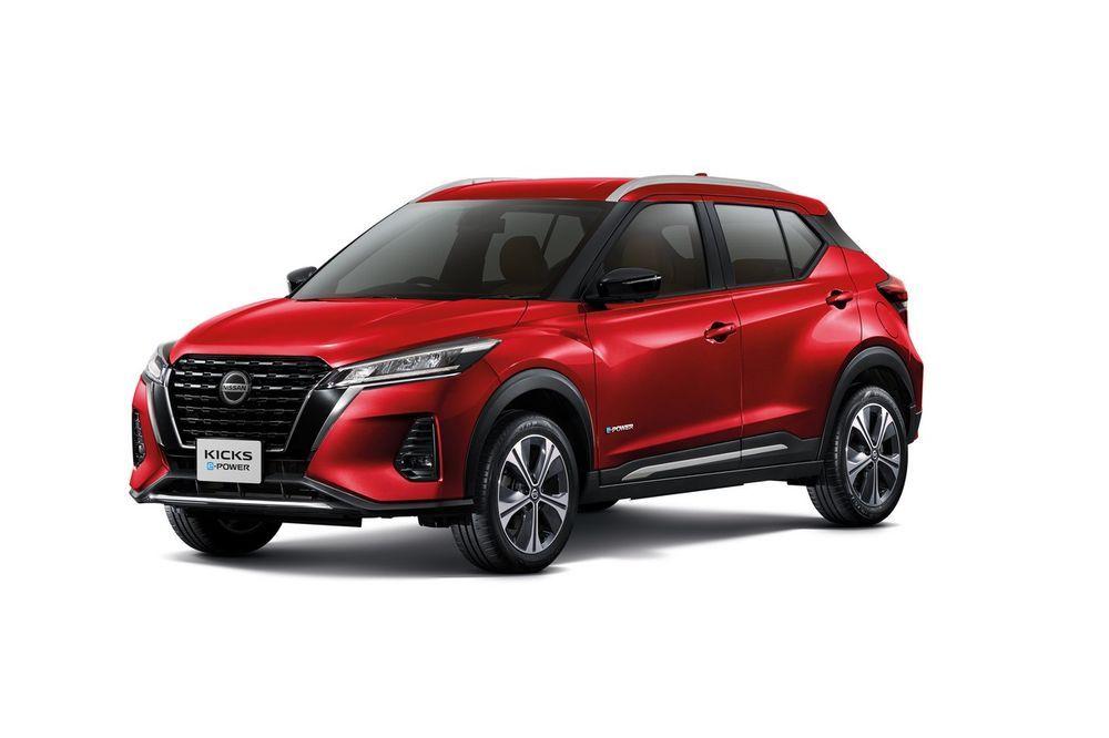 Nissan Kicks สีแดง เรเดียนท์ เรด