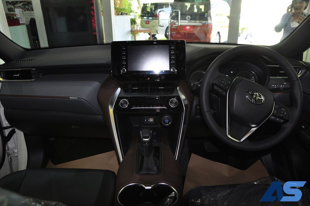 ภายใน NEW Toyota Harrier