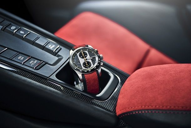 911 GT2 RS Watch