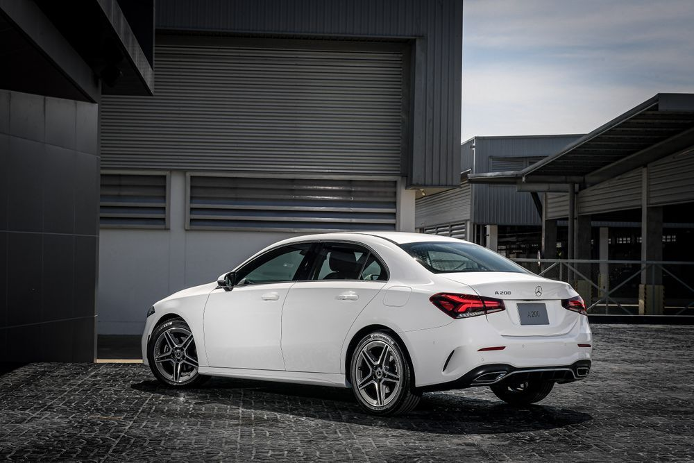 ภายนอกMercedes-Benz A-Class