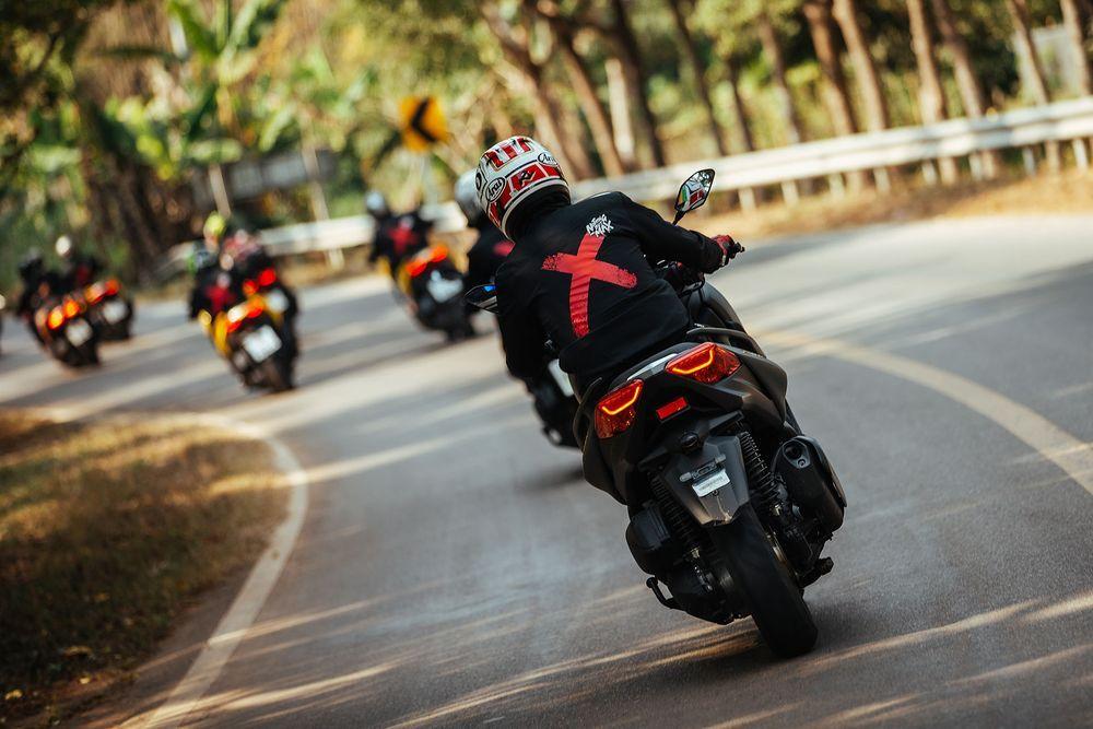 ทดลองขี่ Yamaha Xmax 300