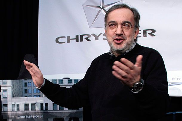 https://img.icarcdn.com/autospinn/body/94b074dc-chrysler-ceo-sergio-marchionne-31.jpg