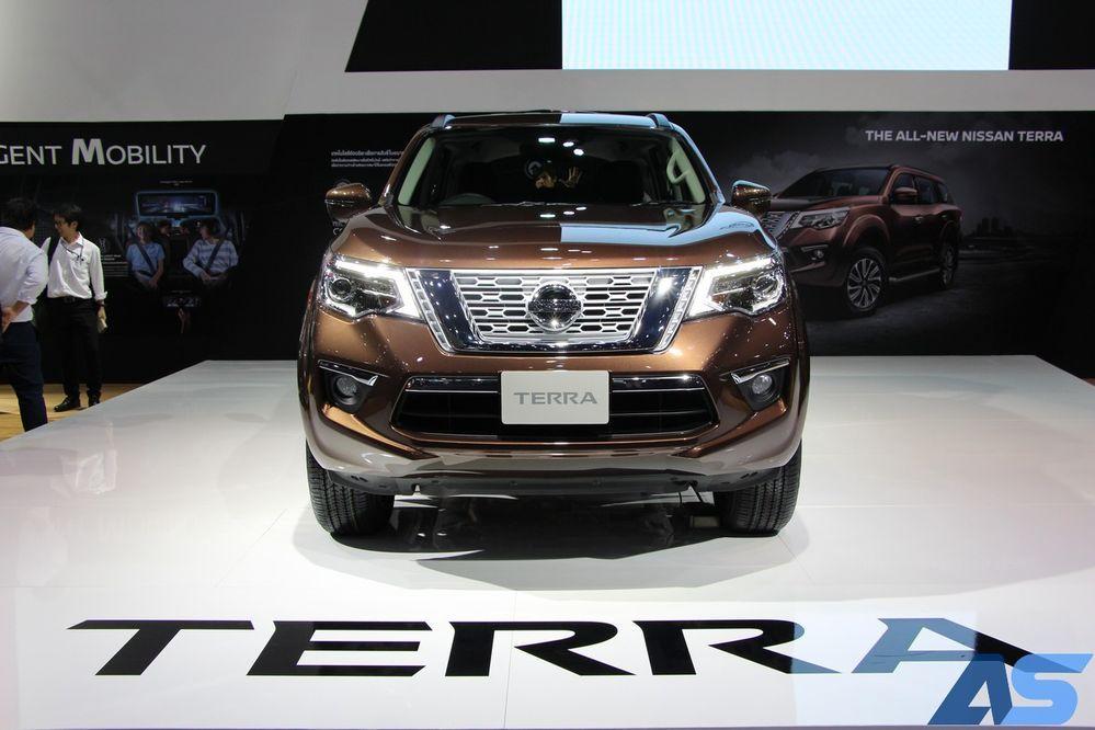 Nissan Terra VS Ford Everest