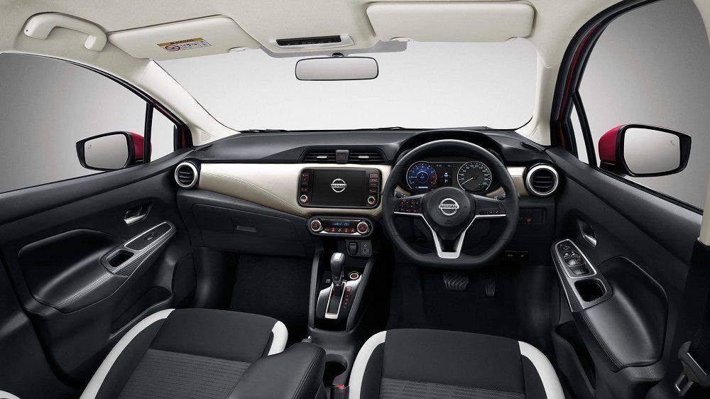 ภายใน Nissan Almera