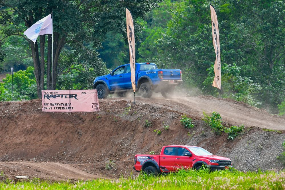 Ford Ranger Raptor 01