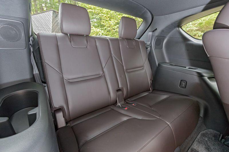 ห้องโดยสาร Mazda CX 8