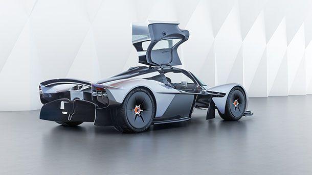 https://img.icarcdn.com/autospinn/body/Aston-Martin-Valkyrie-5.jpg