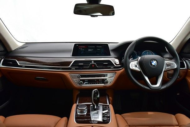 BMW 740Le xDrive Pure Excellence (1)