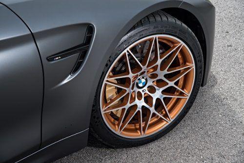 BMW M4 GTS แม็ก