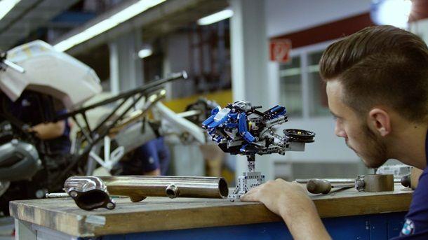 BMW-Motorrad-Lego-Hover-Ride-Design-Concept-09