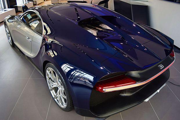 https://img.icarcdn.com/autospinn/body/Bugatti-Chiron-5.jpg
