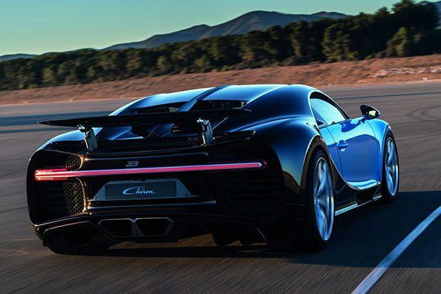 https://img.icarcdn.com/autospinn/body/Bugatti-Chiron-6.jpg