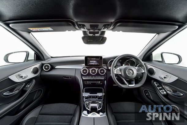 C 300 Cabriolet - Interior (1)