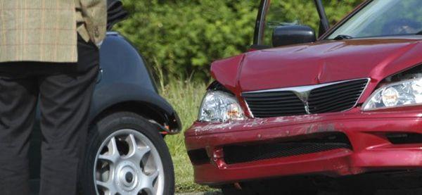 https://img.icarcdn.com/autospinn/body/Car-crash-640x295.jpg